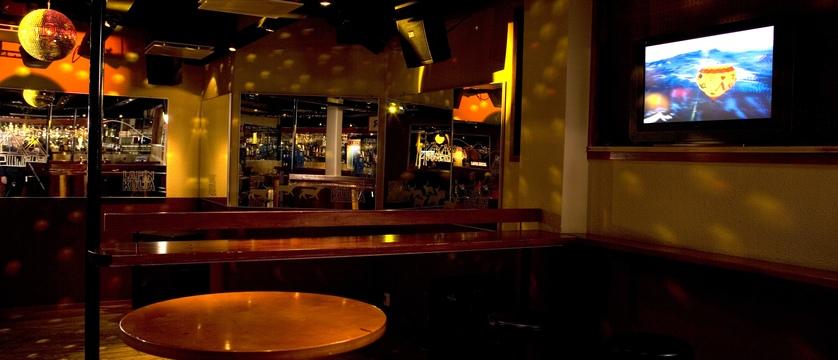 finland_lapland_yllas_akas-hotel_nightclub.jpg